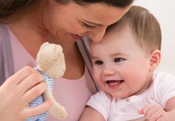 PhilipsAventIran.Com,اونت,آیا باید هر زمان نوزاد گریه می کند به او غذا داد؟